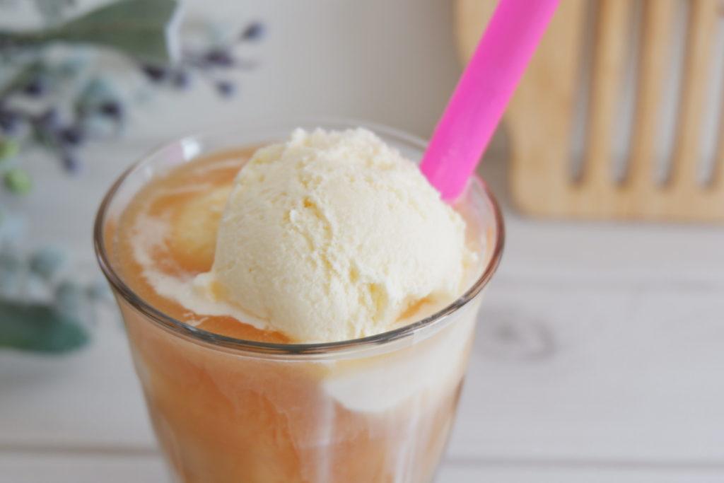 タピオカアイスクリームティー