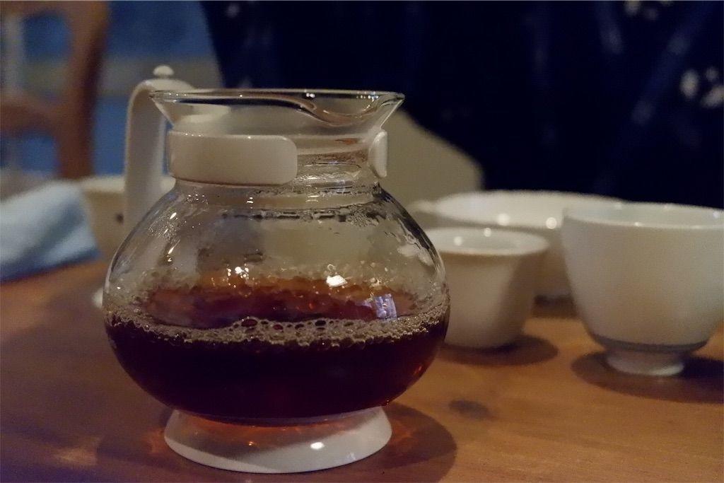 手もみ紅茶作り