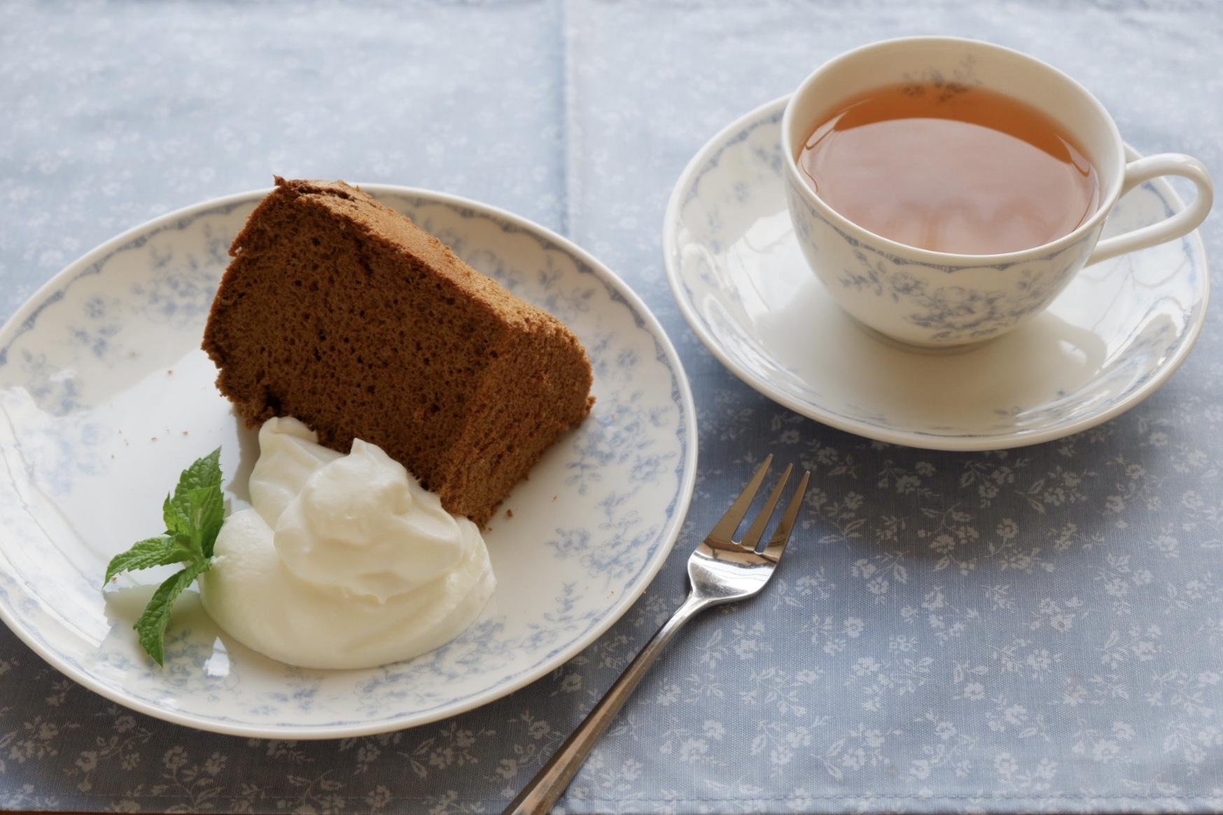 紅茶とオレンジのシフォンケーキ