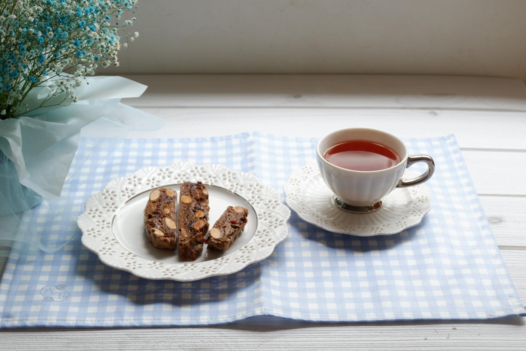 紅茶とベリーのビスコッティ